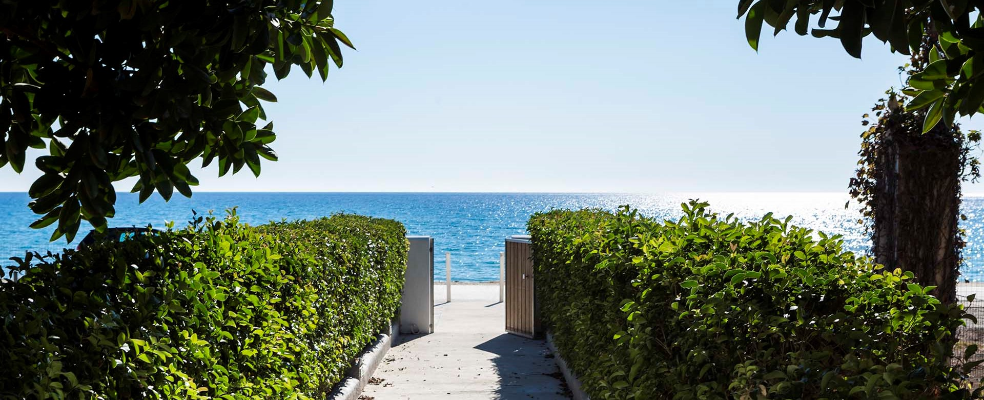 A short garden path from teh Beachfront Suites straight into the mediteranean sea at Lourdata, Kefalonia