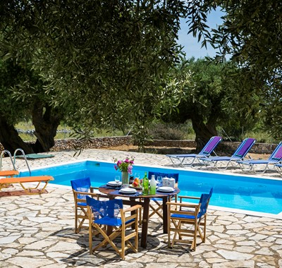 Poolside lunch at Villa Nefeli, Fiscardo, Kefalonia