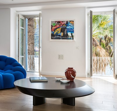 Palm House Harbourfront Mansion is full of modern furniture and art