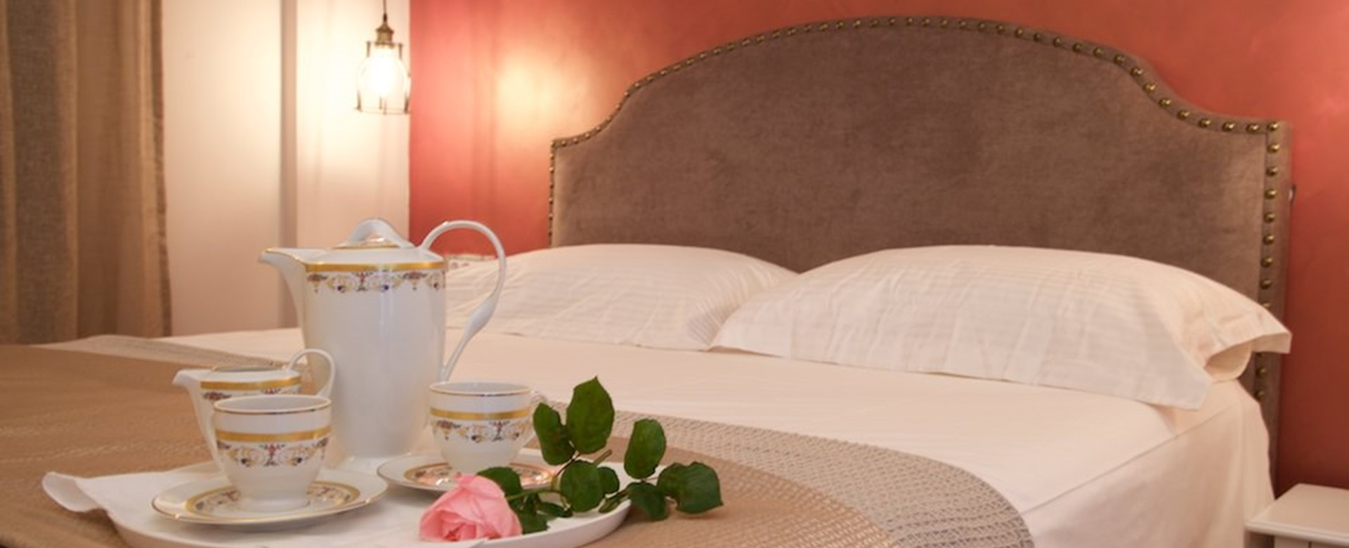 Every morning can be an easy start in bed during your holiday at Magnolia Apartments, Fiscardo, Kefalonia, Greek Islands