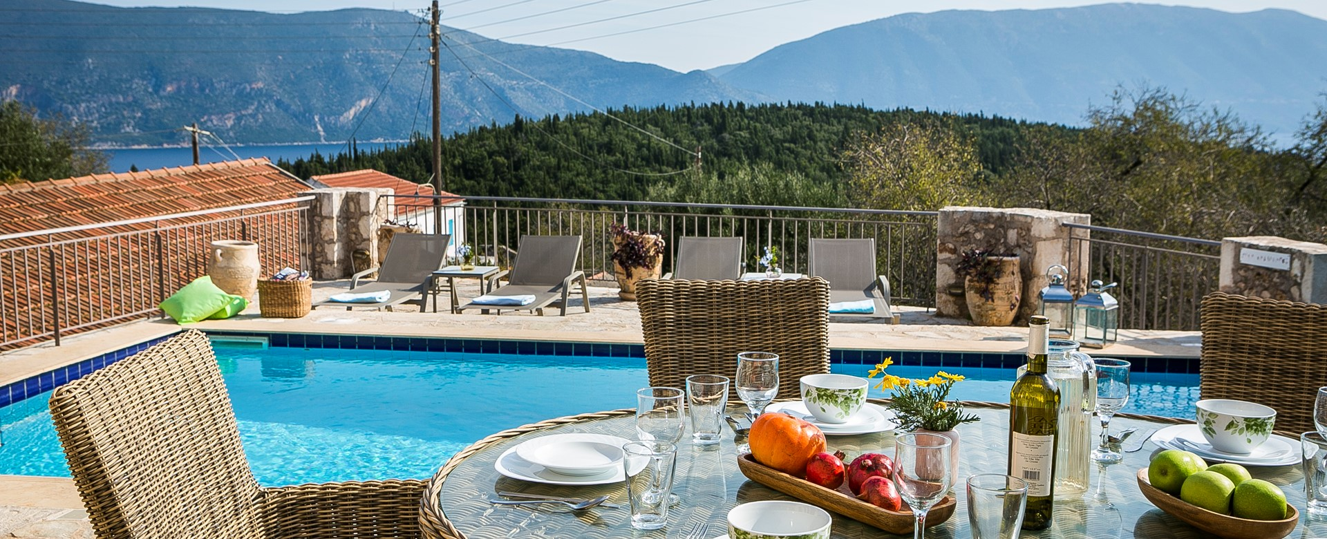 Breakfast lunch and diner by the pool together all throughout your holiday in Villa Pelagia, Fiscardo, Kefalonia, Greek Islands