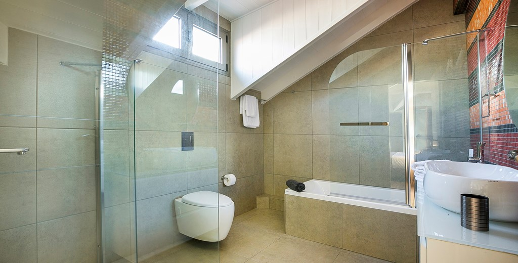 Bathroom with separate shower and basin in Marina Penthouse Apartment, Argostoli, Kefalonia, Greek Islands