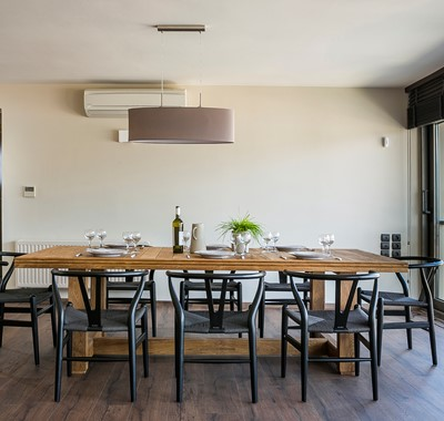Family breaksfast lunch and dinner together during your holiday in Marina Penthouse Apartment, Argostoli, Kefalonia, Greek Islands